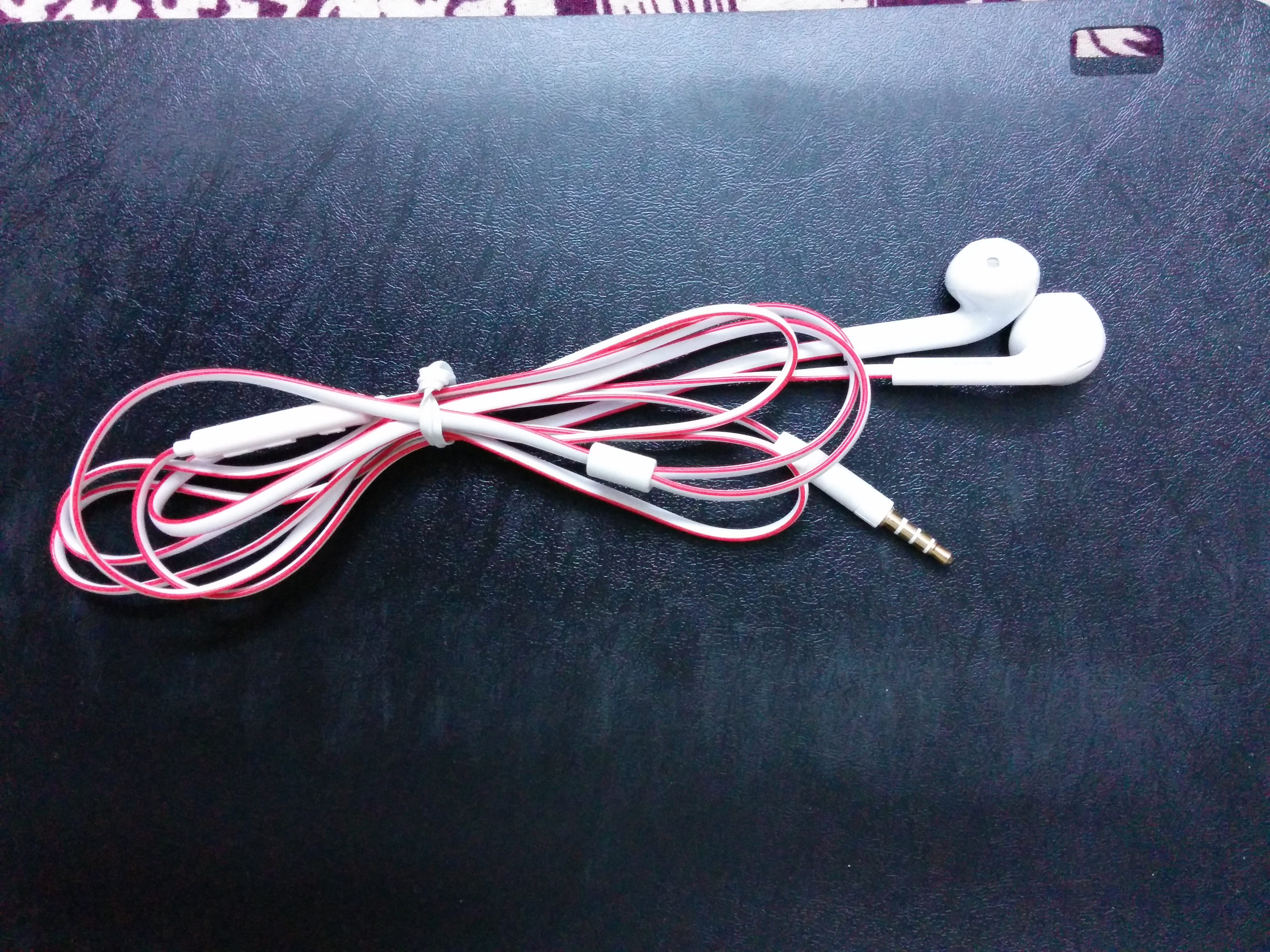 Picture of Wear Ear Buds the RIGHT Way!!!