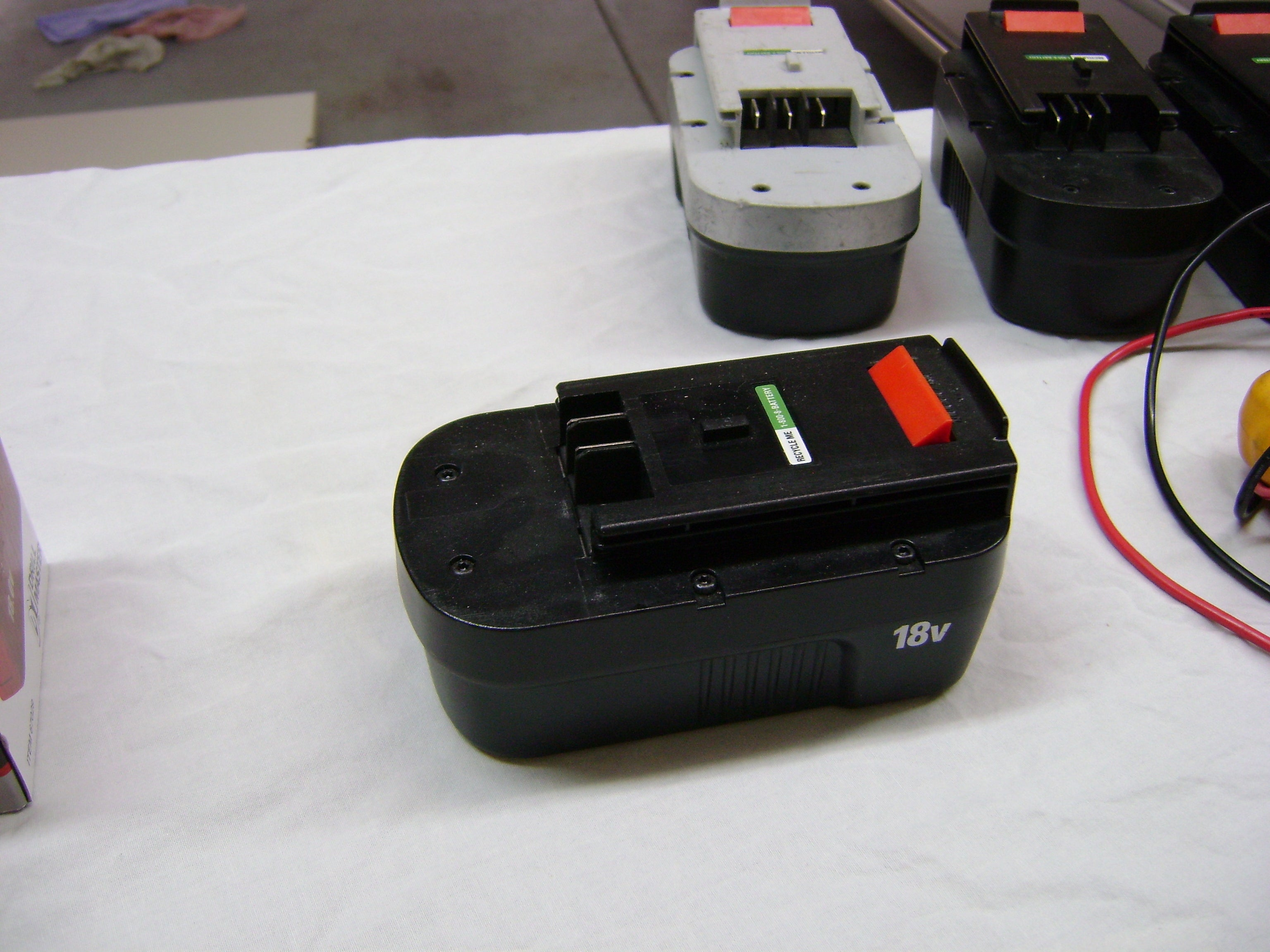 Cheap Black Decker 18volt Battery 6 Steps Instructables