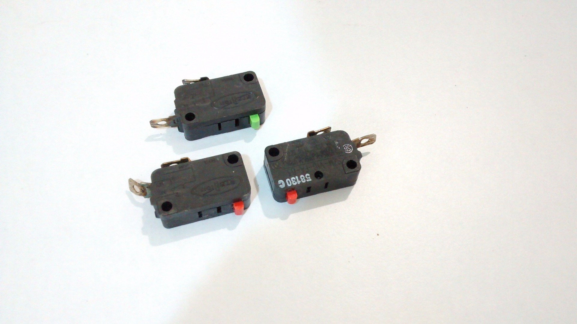 Picture of 3 Momentary Switches