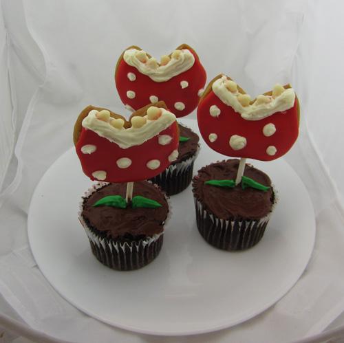 Picture of Super Mario Piranha Plant Cookie Cupcakes