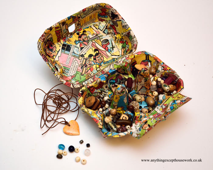 Picture of Funky Egg Box Bead Storage