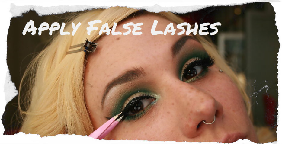 Picture of Apply False Lashes