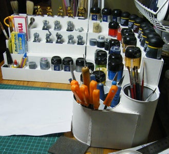 Paints Organizer for Figurines Painters.