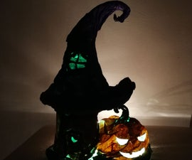Halloween Witch Hut & Pumpkin Light
