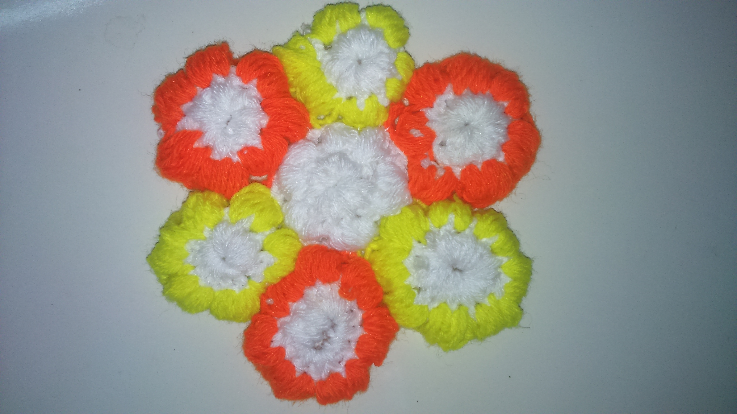 Picture of Puff Stitch Crochet Flowers