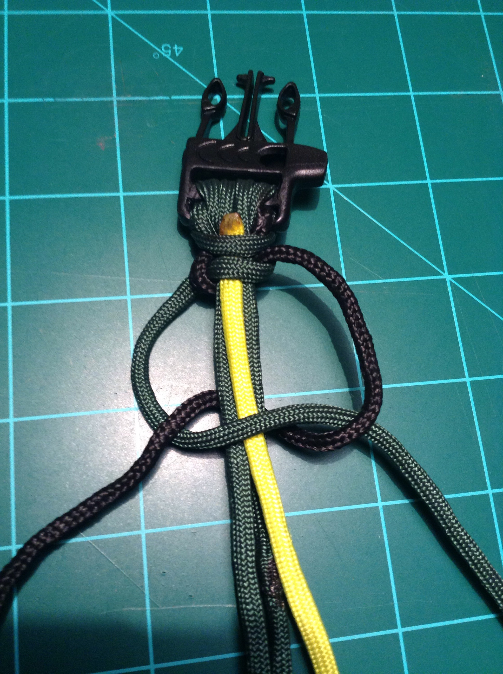 Picture of Put in Wire and Begin Knots