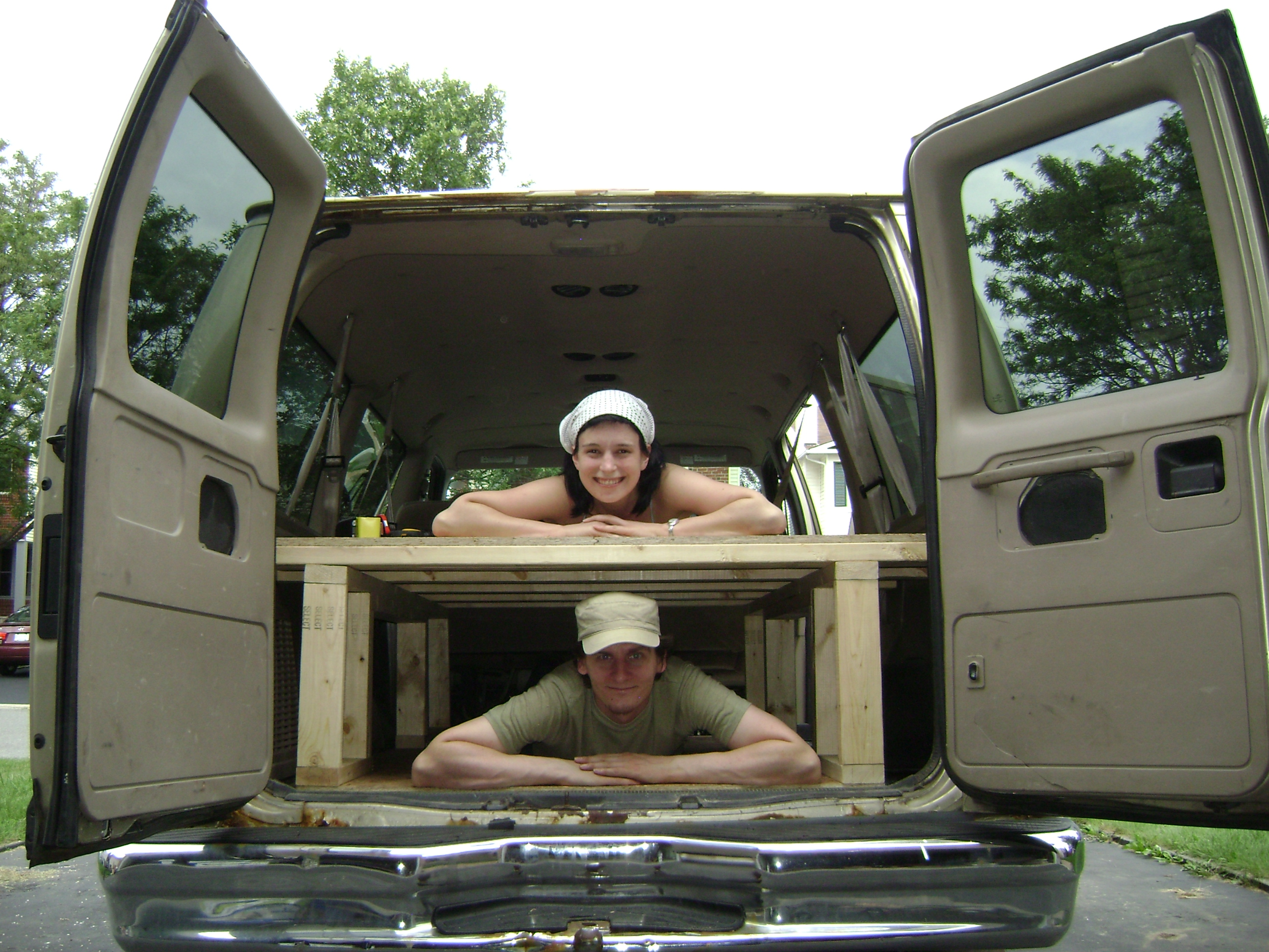 Build a Bed in the Back of Your Van: 4 Steps (with Pictures)