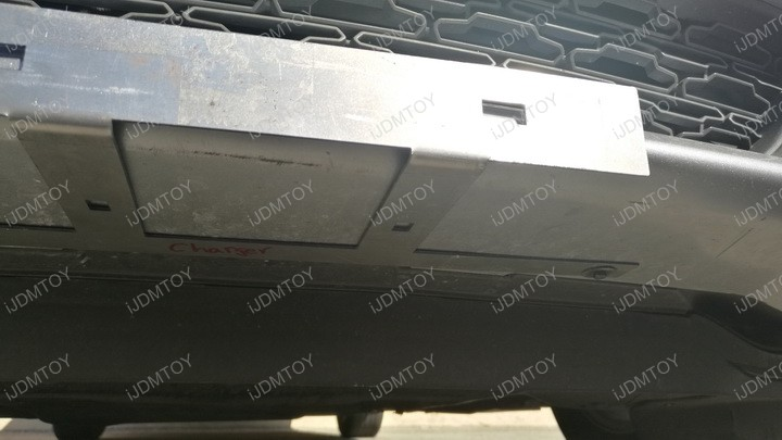Picture of Mount the License Plate Bracket.