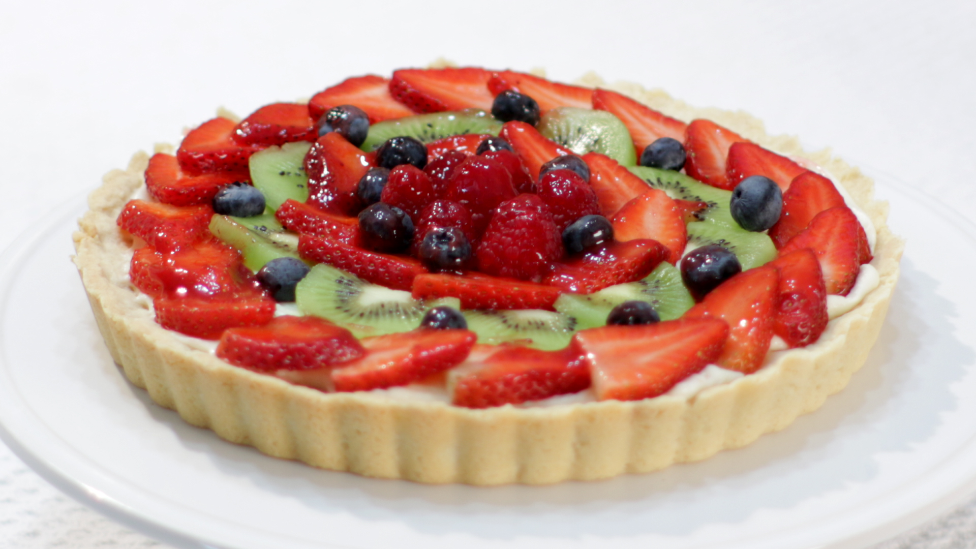 Picture of How to Make a Fruit Tart - Easy Recipe