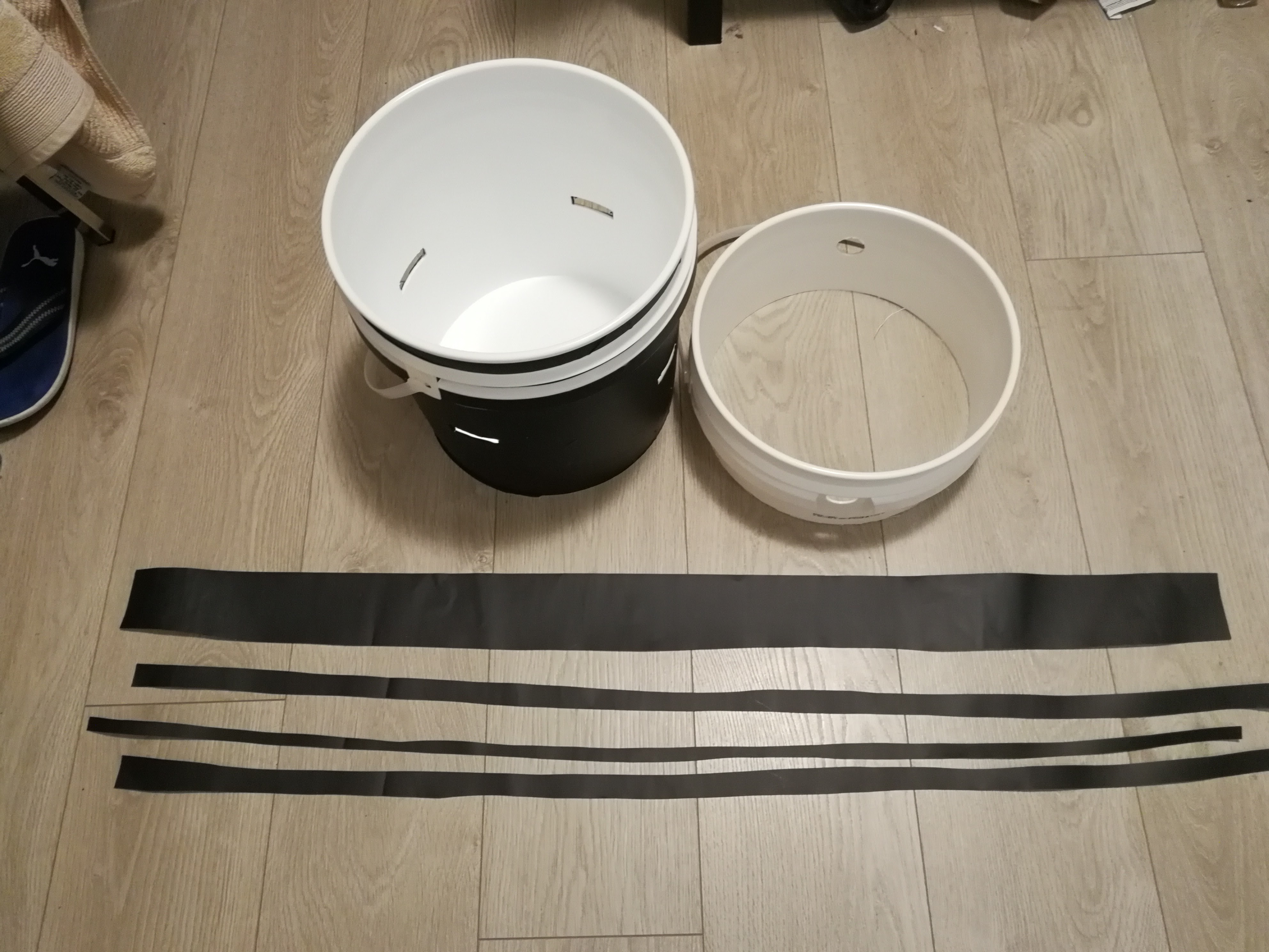 Picture of Cover the Rims of the Buckets