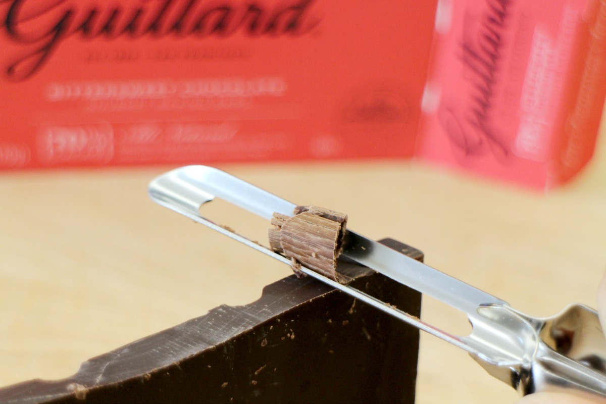 Picture of Chocolate Garnish
