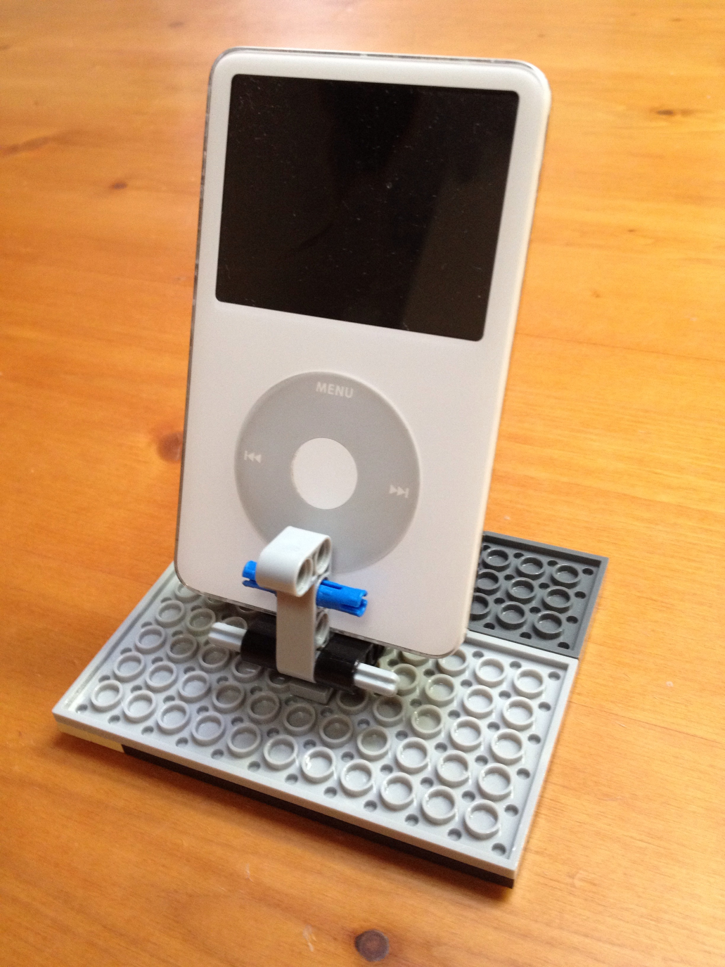 Picture of Adjustable Lego IPod Stand!!!