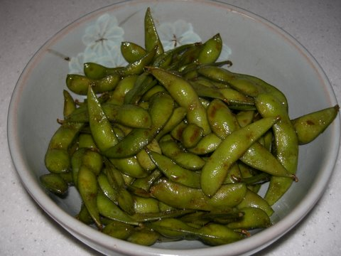 Picture of Easy Delicious Edamame (Green Soybean) Snack