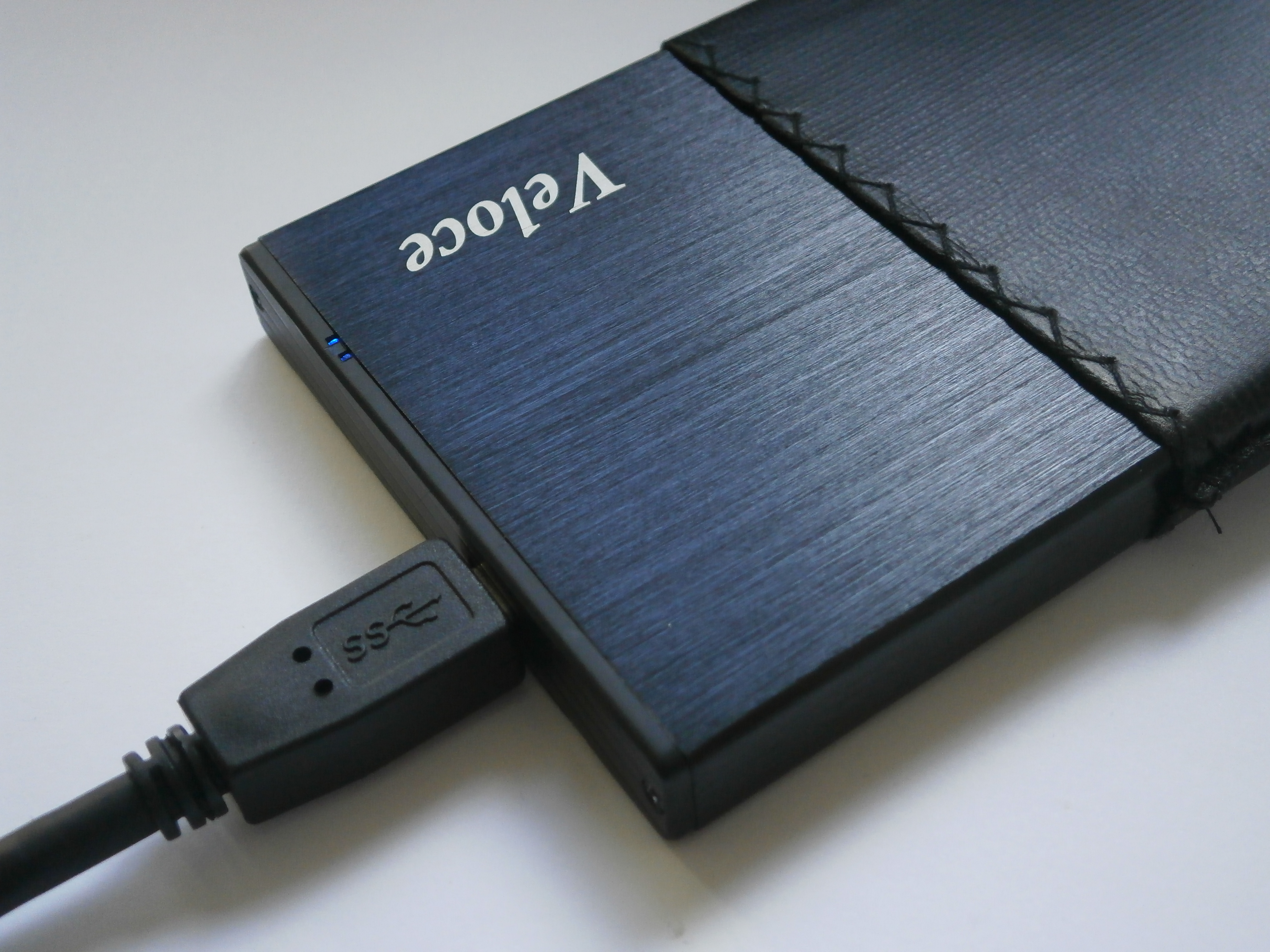 Picture of Turn Your Old 2.5'' or 3.5'' Hard Drive Into Portable/External