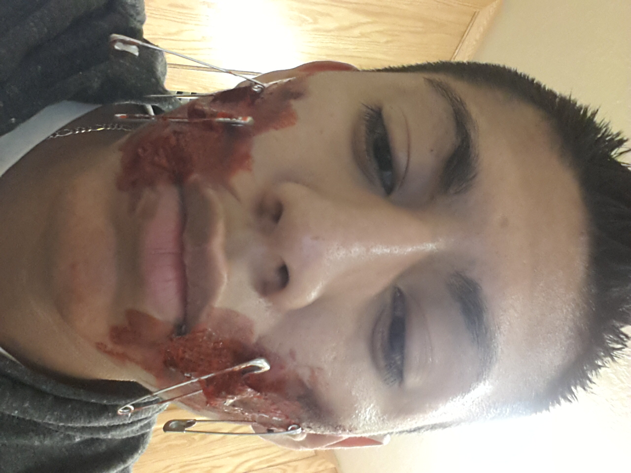 Picture of Zombia Face Tutorial