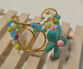 How Do You Make a Charm Cuff Bracelet Pattern With Jewelry Wires