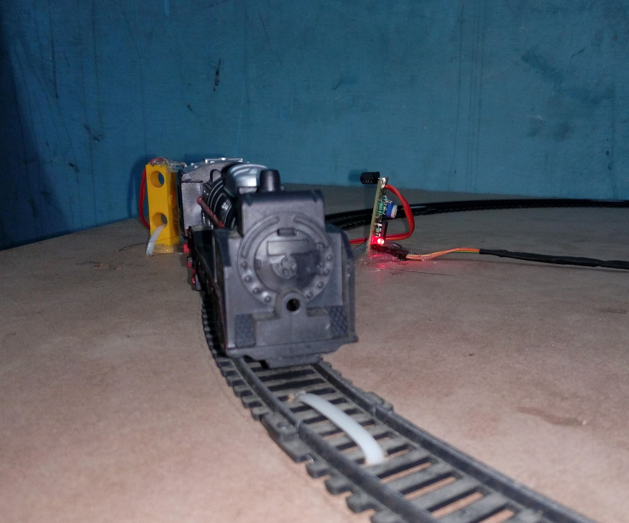 Automatic Railway Crossing Using Arduino 5 Steps Ho Track Wiring Details