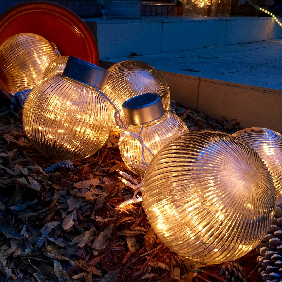 Picture of Outdoor Christmas Balls