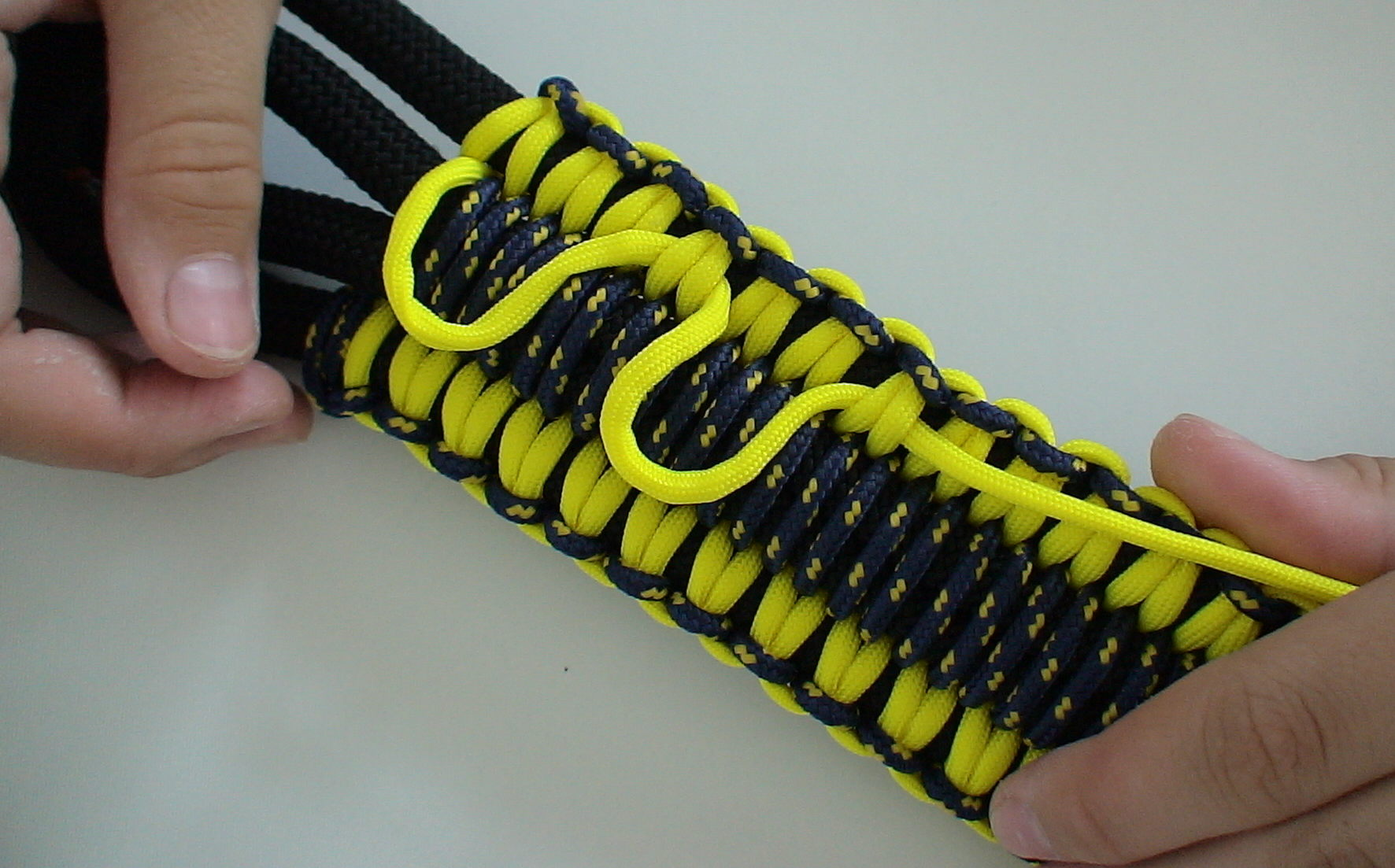 Picture of Attaching the Main Rope to the Protective Parts