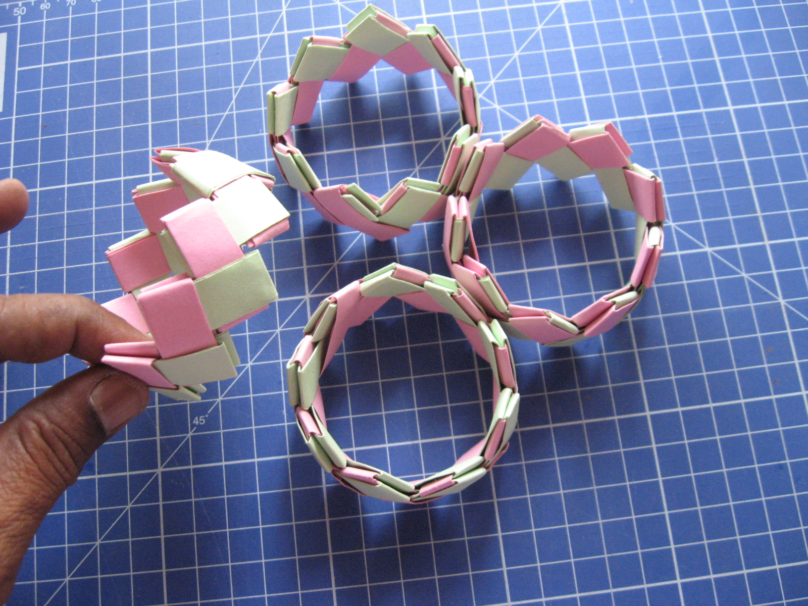 Picture of Glue All 4 Segments Together