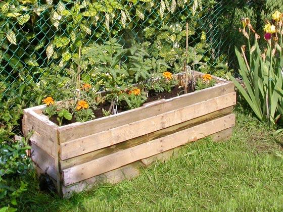 Picture of Maison Grenouille Et Chez Crapaud - Vegetable Planter Built From Reclaimed Pallets