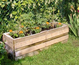 Maison Grenouille et Chez Crapaud - vegetable planter built from reclaimed pallets