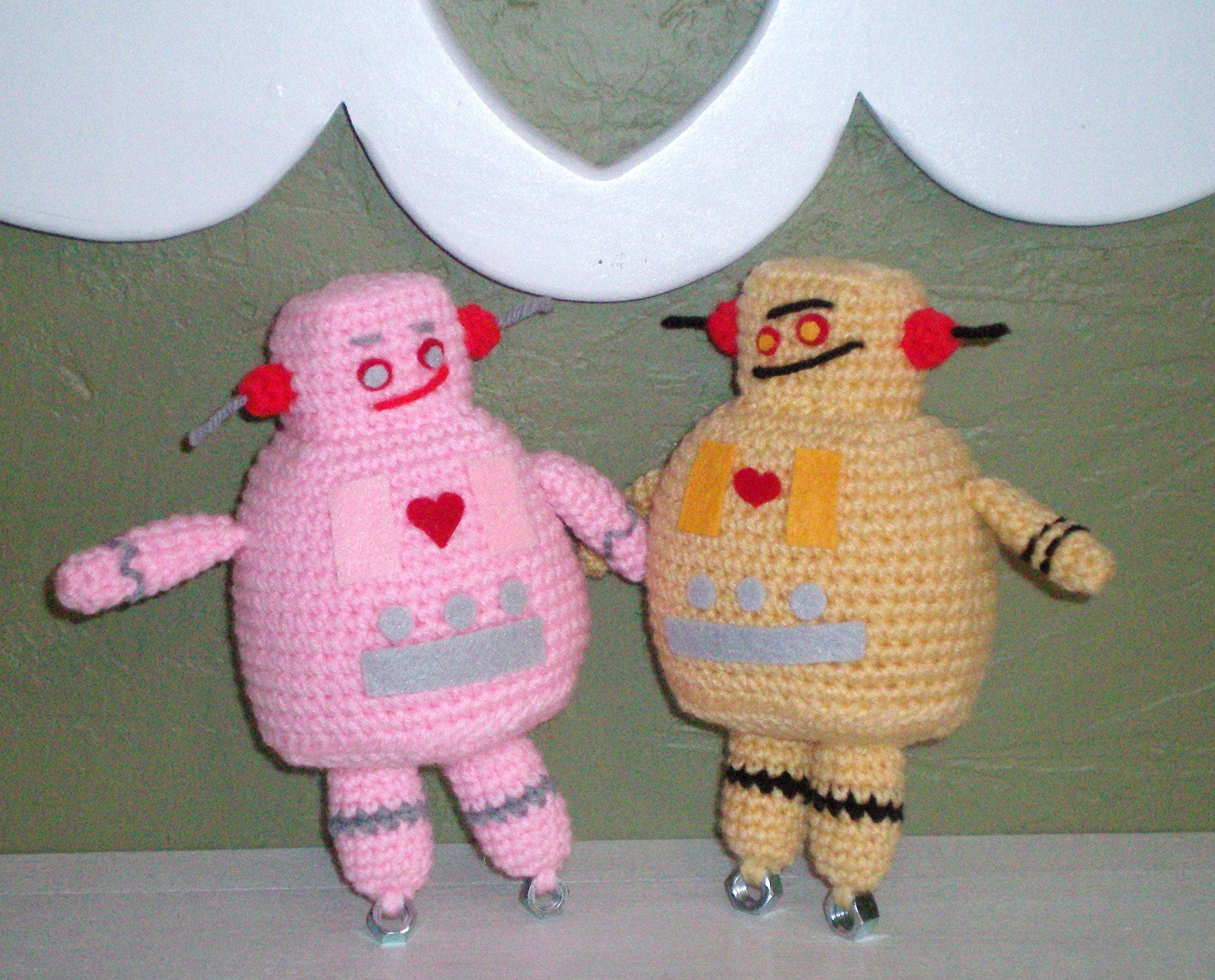 Domo Arigato, for 10 Free #Crochet Robot Patterns! | Free crochet ... | 2083x2582
