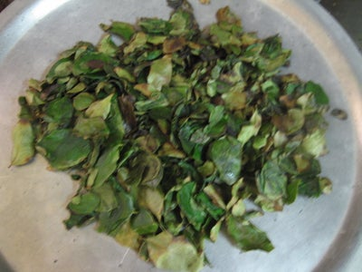 Dry-fry the Curry Leaves