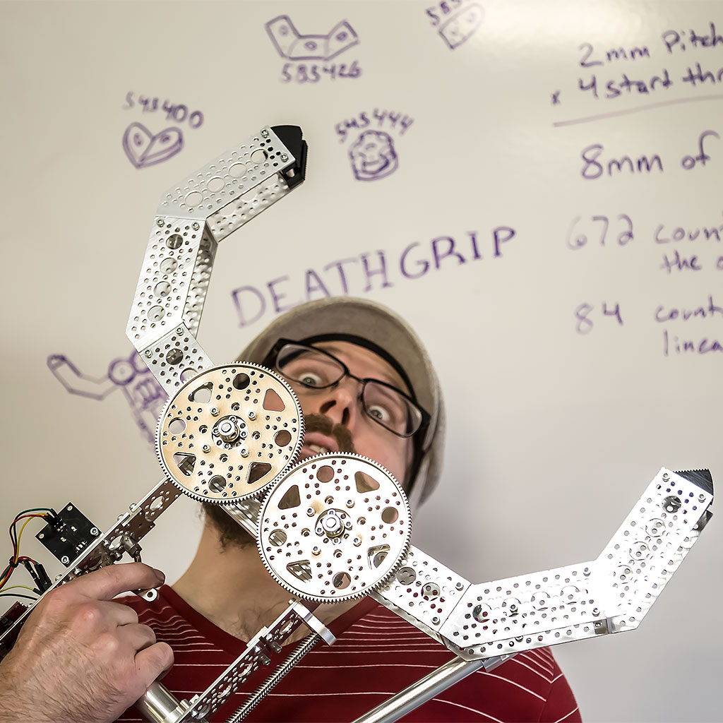 Picture of DeathGrip: Robot Claw Gauntlet