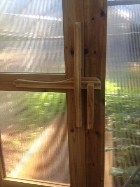 Picture of Wooden Door Latch