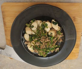 Mung Bean Leaves and Oyster Mushrooms (with Optional Minced Meat)