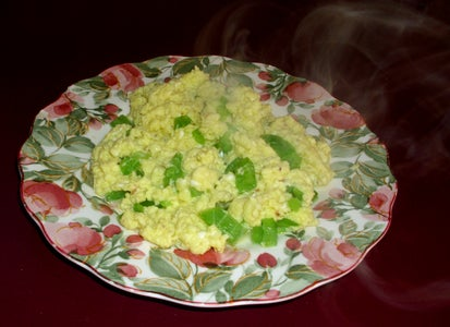Scrambled Eggs With Cheese and Green Peppers