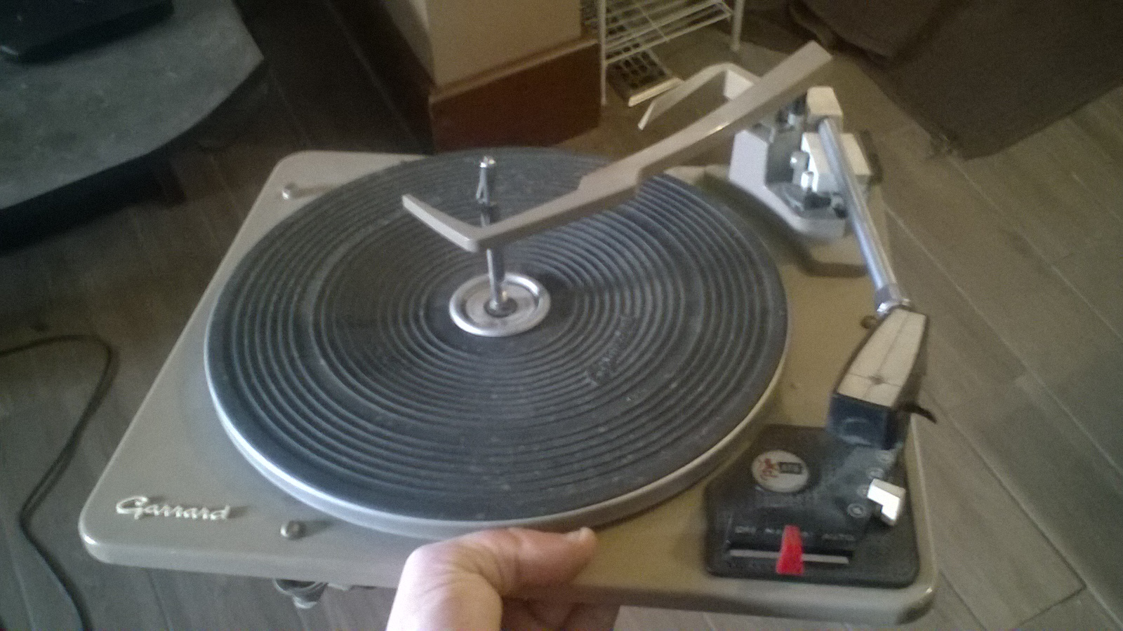 """Picture of Take-out All the """"Guts"""" of the Record Player"""