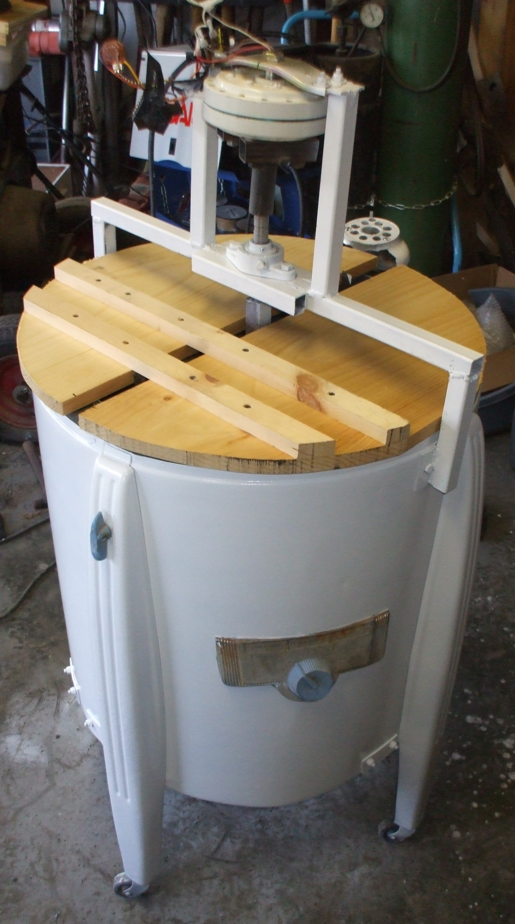 Picture of Building a Honey Extractor (using an 'antique' Washing Machine)