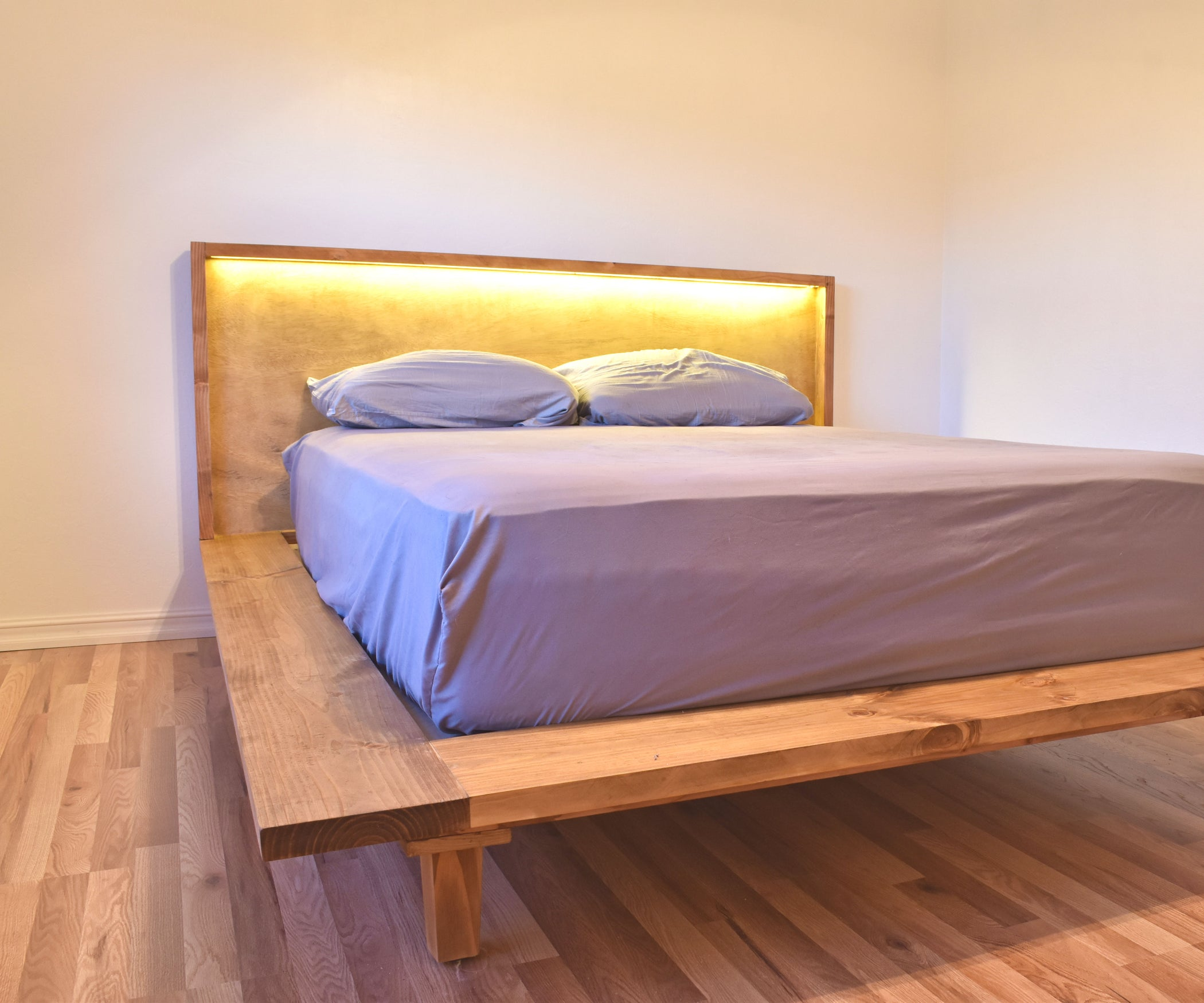 How To Build A Modern Platform Bed 4 Steps With Pictures