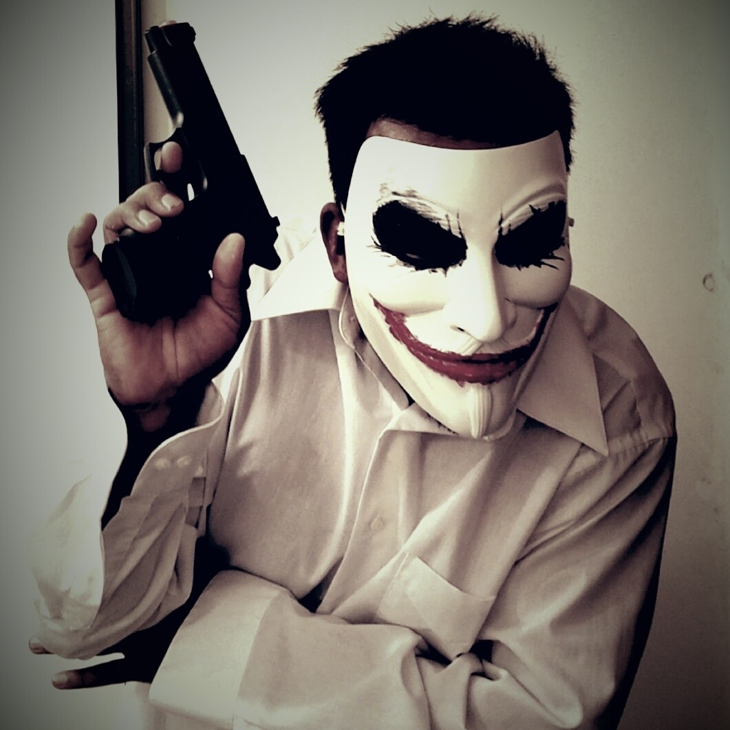 """Picture of THE """"VENDETTA JOKER"""" FACE PAINTING MASK!"""