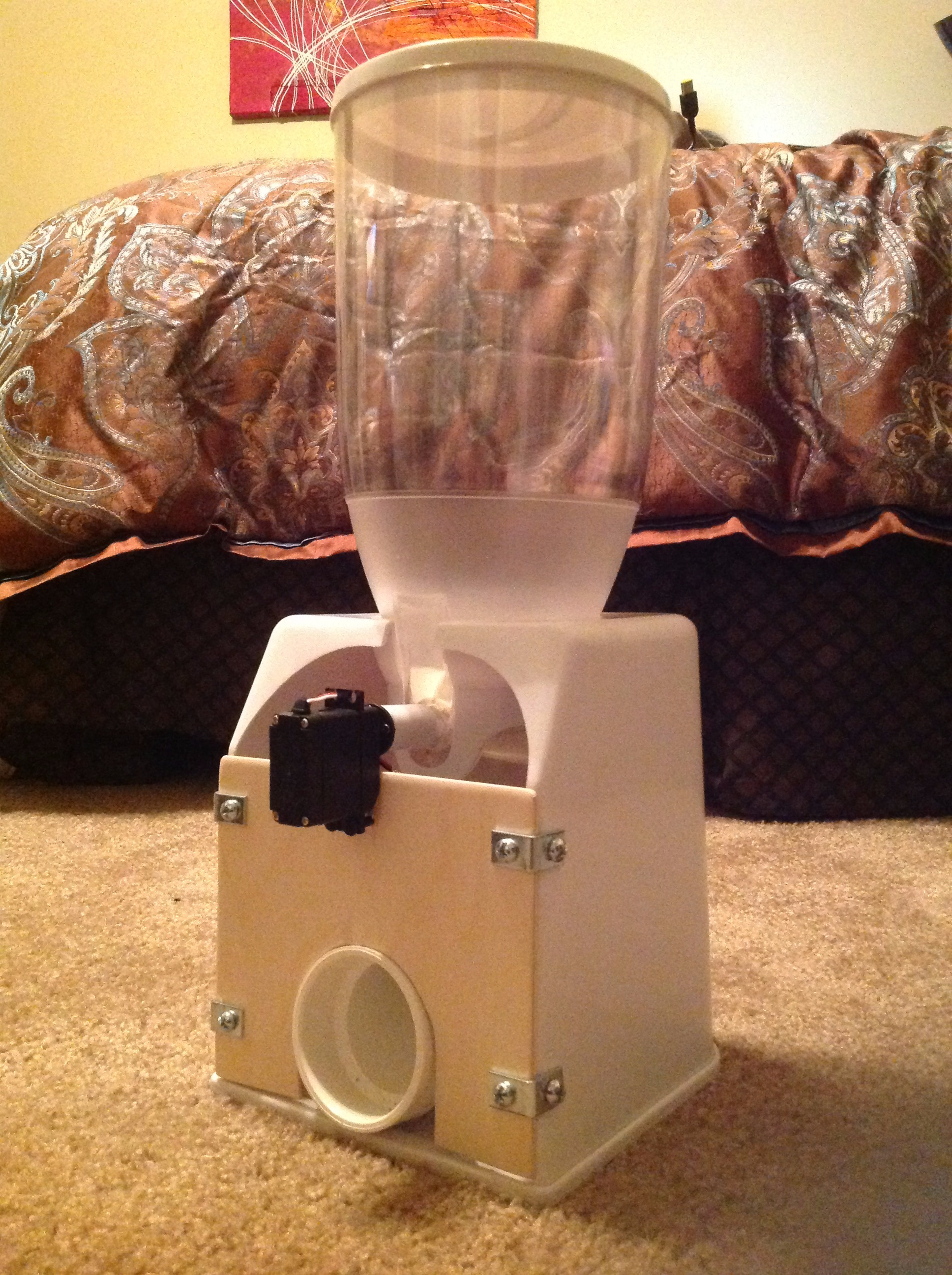 Picture of Fat Cat Automated Arduino Pet Feeder