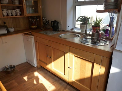 How I Designed and Built My Bespoke Oak Kitchen From 2nd Hand Sideboards