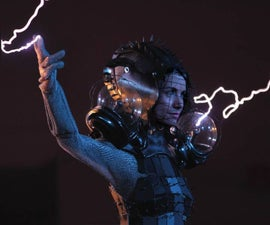 HOW TO GET FASHIONABLY STRUCK BY LIGHTNING!