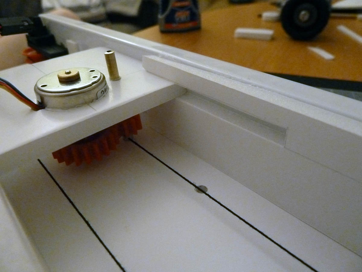 Picture of Refinement #2.  Thread and a Friction Drive
