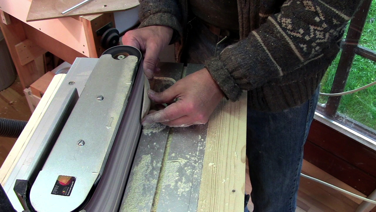 Picture of Sanding the Leaf