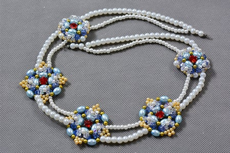 Finish the Main Part of the Pearl Beads Necklace