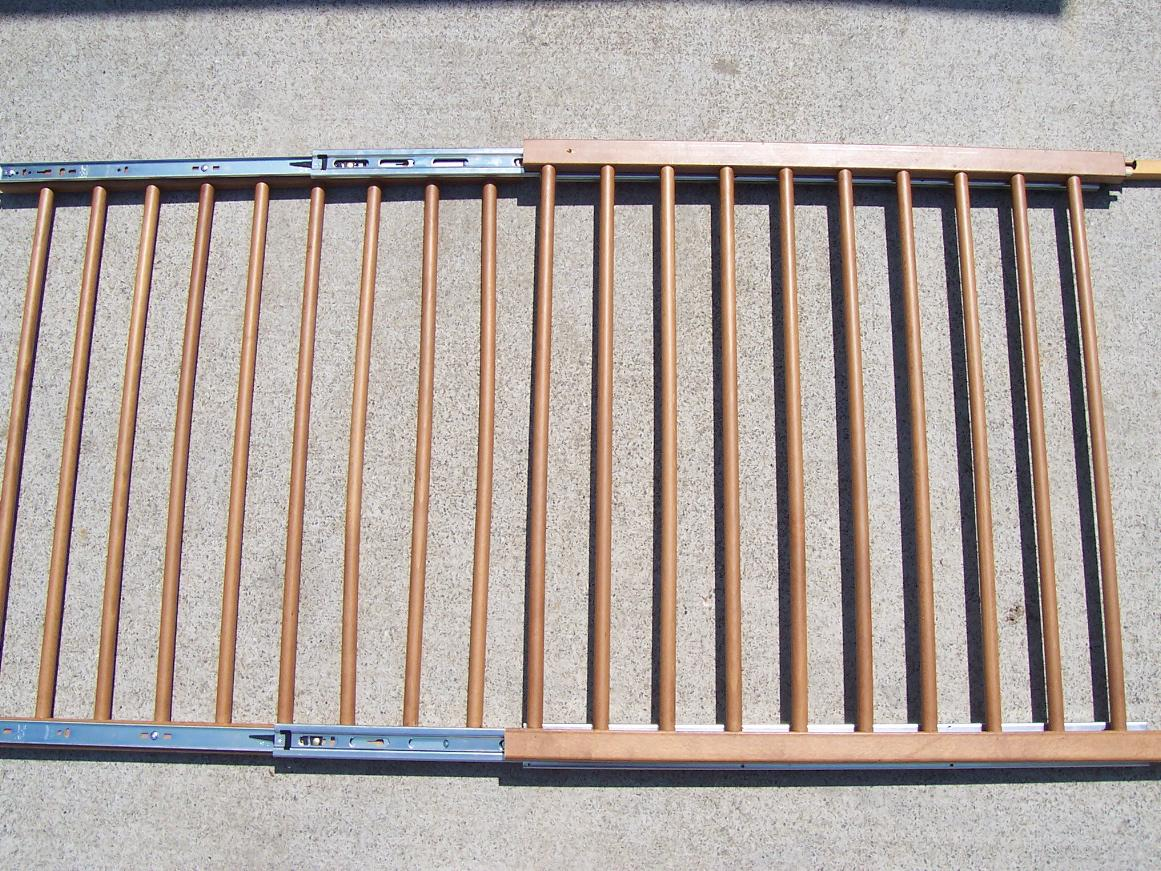 Picture of Attach the Moving Rail