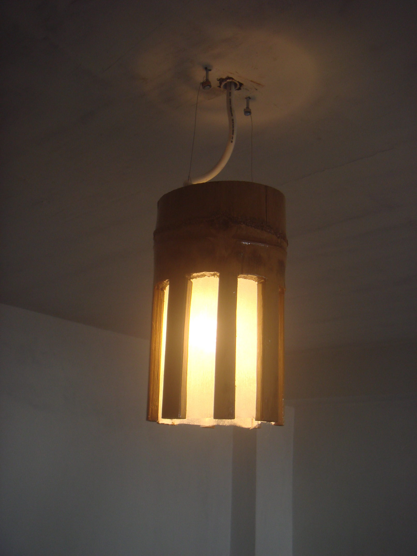 Picture of Simple Bamboo Lamp Shades (wall & Hang)
