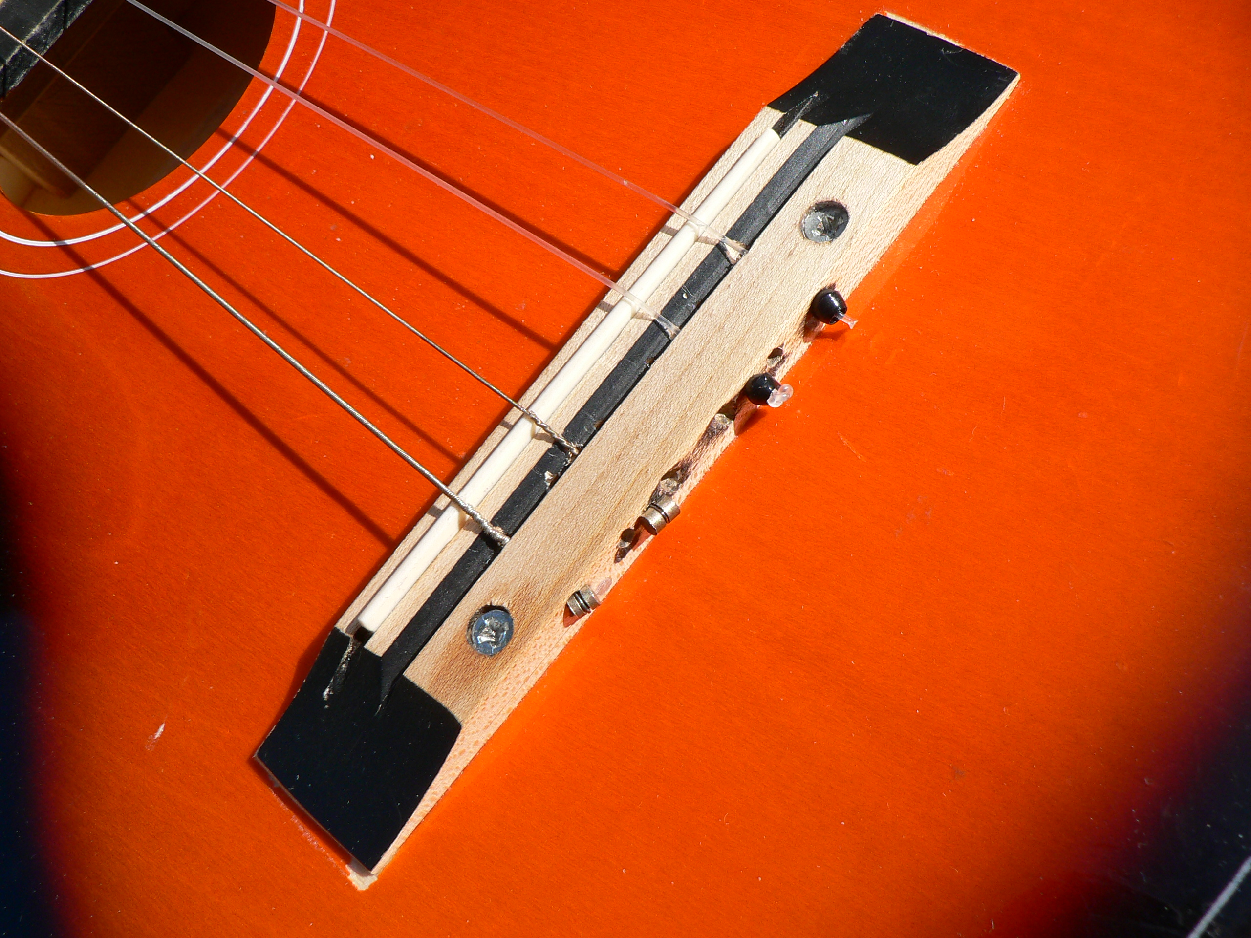 Picture of Convert the Nut and Bridge From 6 to 4 Strings
