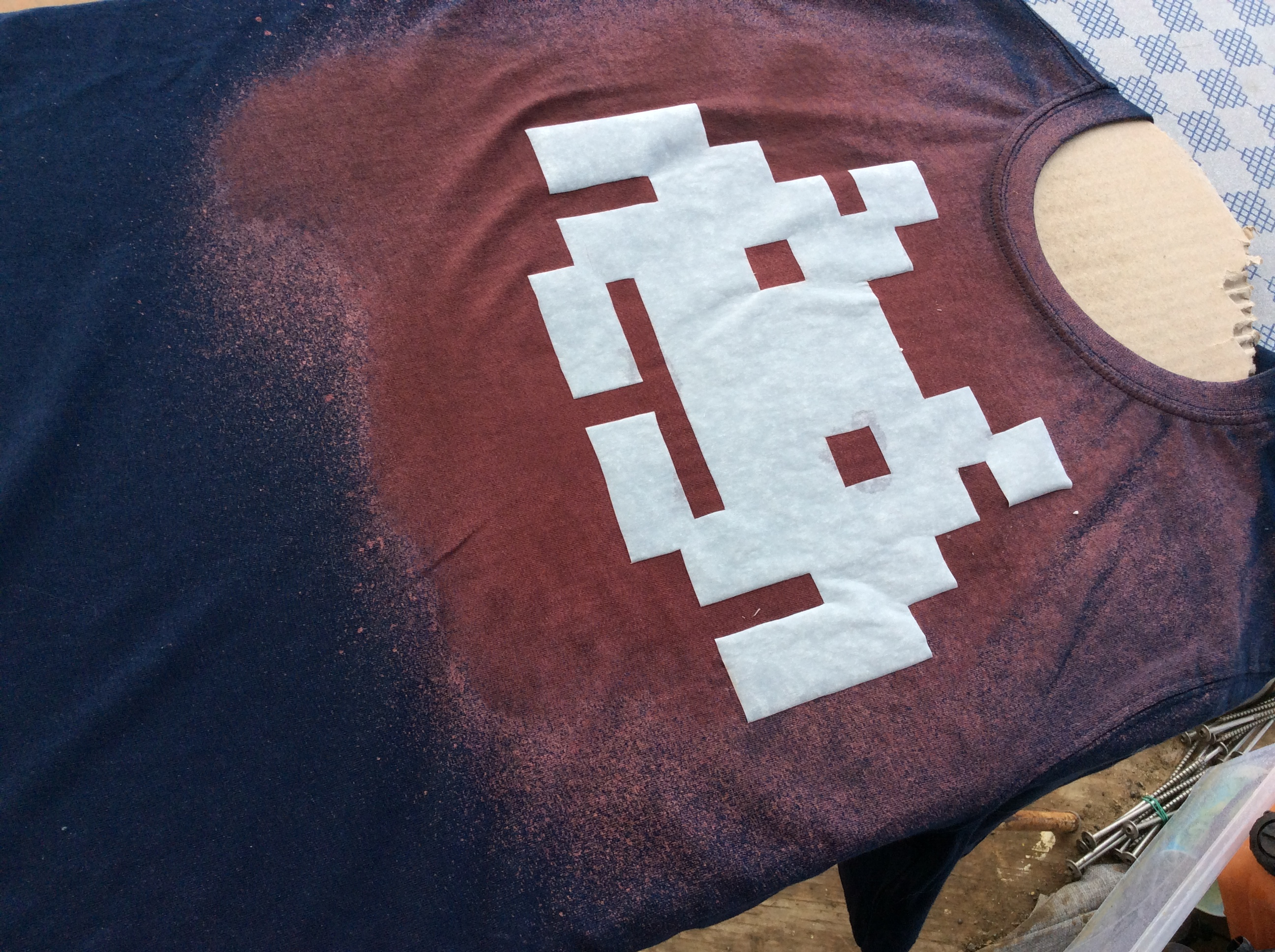 Picture of Bleaching the Shirt