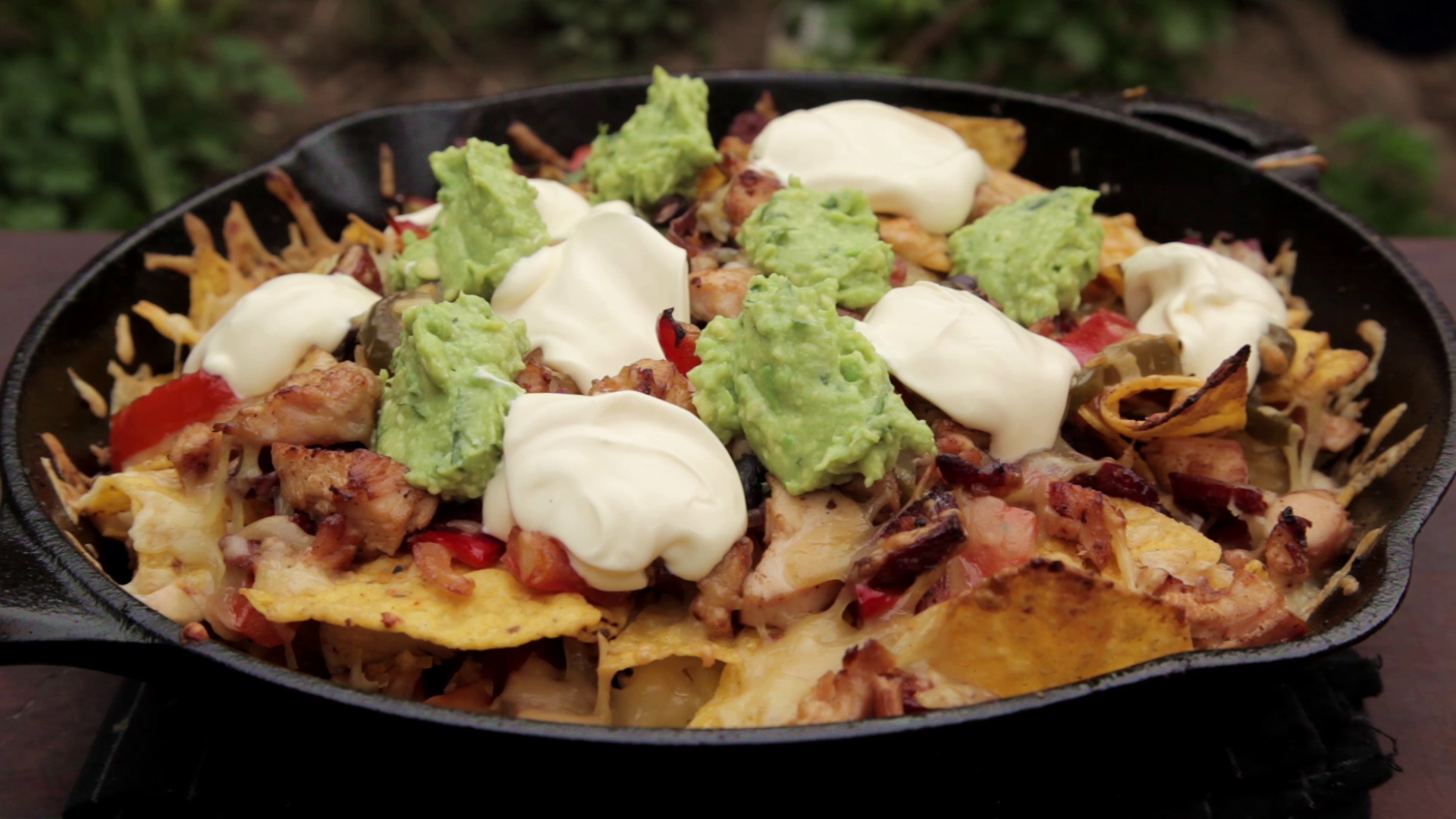 Picture of How to Cook Loaded Chicken Nachos