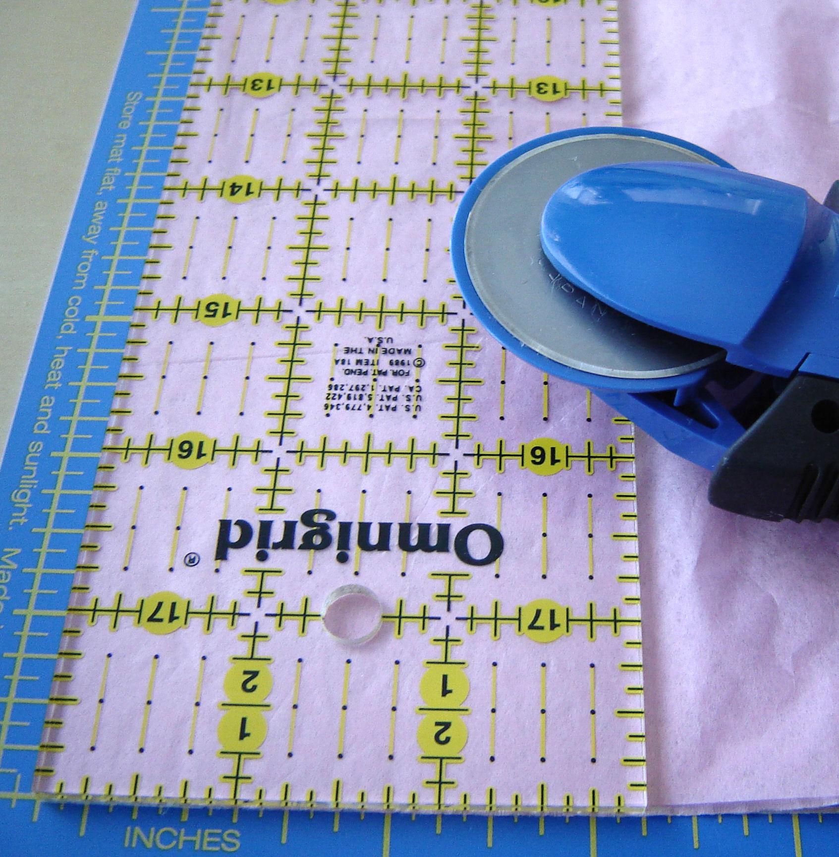 Picture of Preparing the Tissue Paper