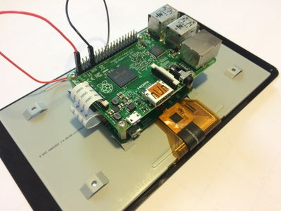 Connect the Touchscreen and the Sound Card With the Raspberry Pi
