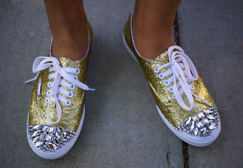 Picture of DIY Glittery Shoes